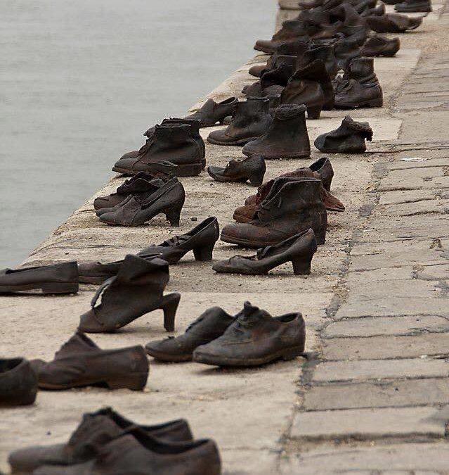 Le scarpe della memoria