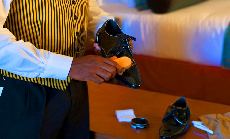 -butler shoe shine